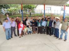 Group photo of Finca Triunfo Verde members.
