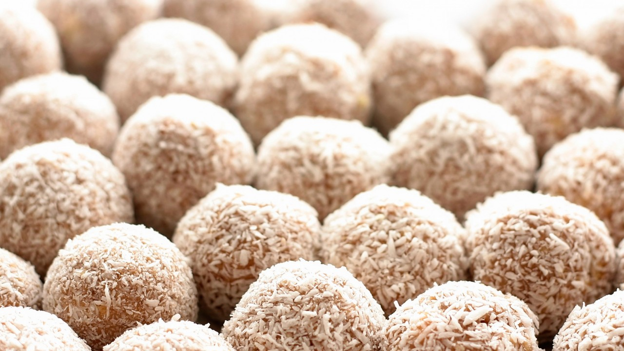 how to make choc coconut balls