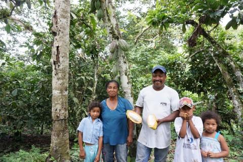Gabel Gaspar Wilson and Maria Teresa Carvajal Raad and their three grandchildren